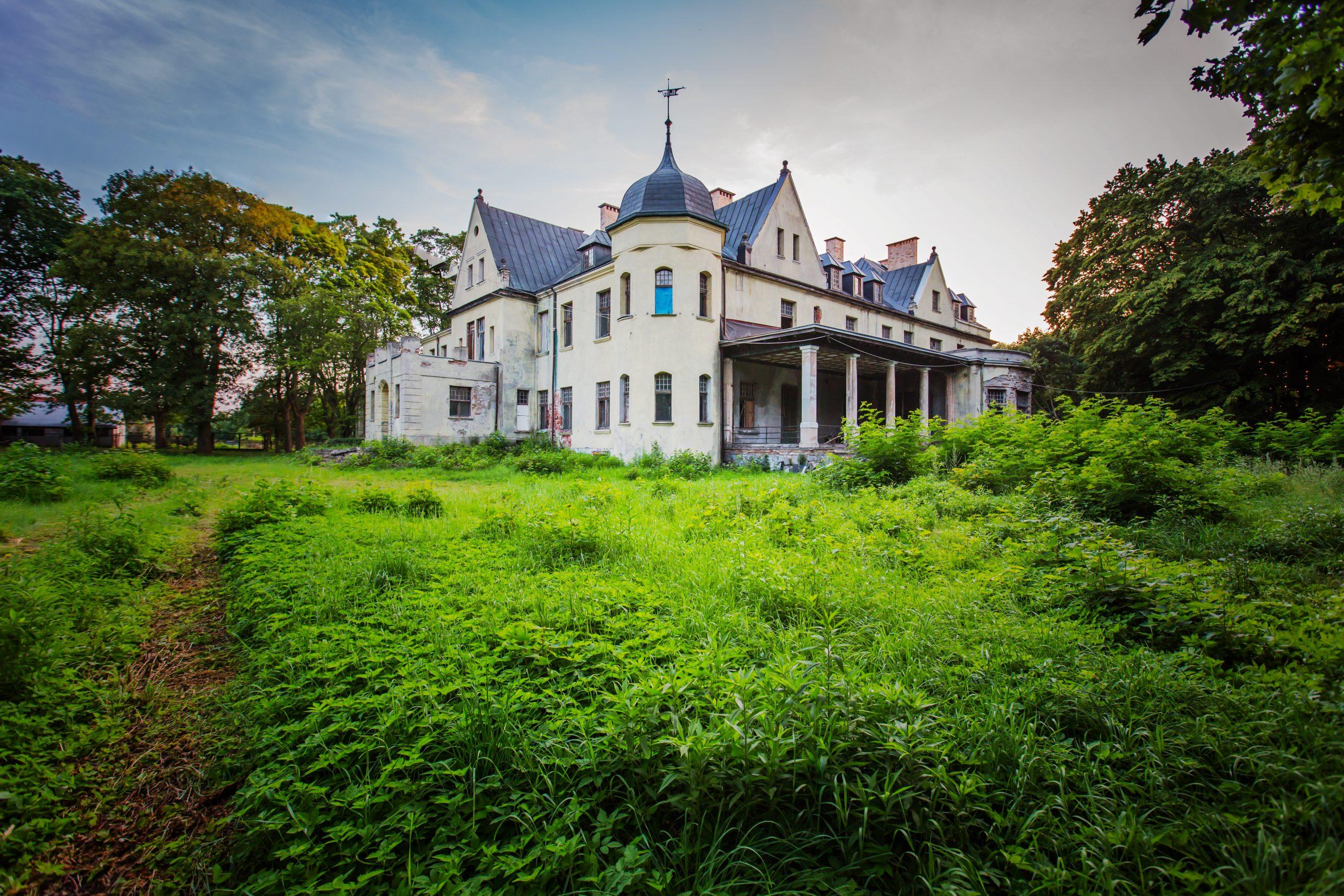 zamek jarnatów